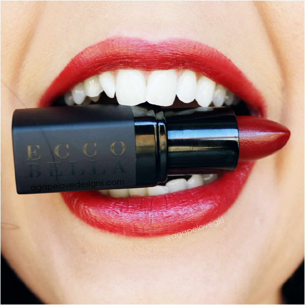 Ecco Bella Offers Lipglosses that are Good for You (Makeup