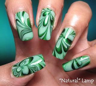 ukrasavanje noktiju - water marble nokti 002