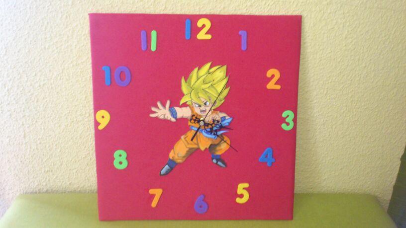 Manualidades en Foami y Más: Reloj Son Goku