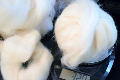 Wool Roving, Weighing, Kitchen Scale