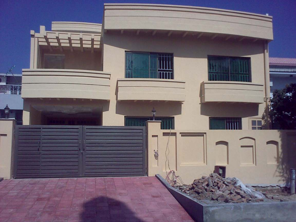 Architecture design pakistani house for Pakistani new home designs exterior views