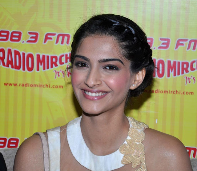 sonam kapoor white long skirt   hd group sex