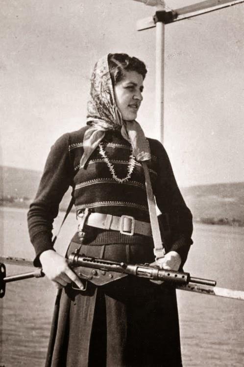 مهيبة خورشيد، يافا، فلسطين1948  Maouhiba  Khurshid, Jaffa, Palestine 1948