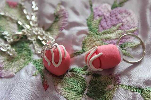 cake jewellery