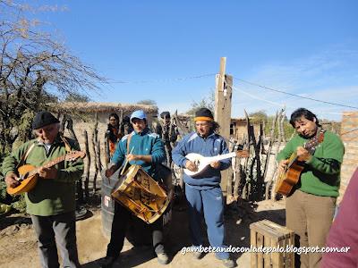 Elpidio Herrera y sus sachaguitarras atamisqueñas - Gambeteandoconladepalo