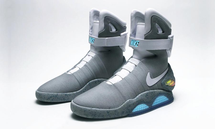 Futurix  Le Nike Mag autoallaccianti di Ritorno al futuro 2 2dd2fcc9803