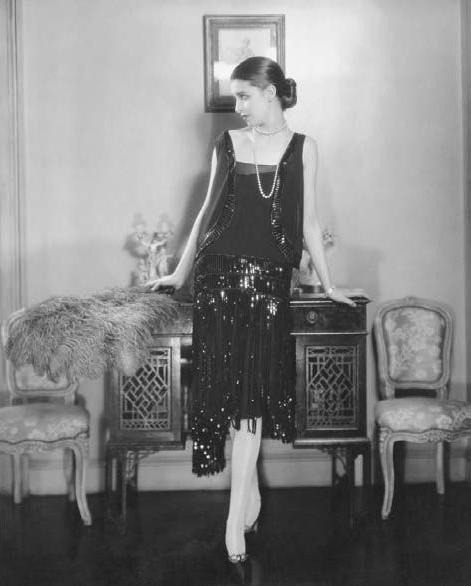 1920s Black Flapper Dress #1920s #fashion #flapper #dress