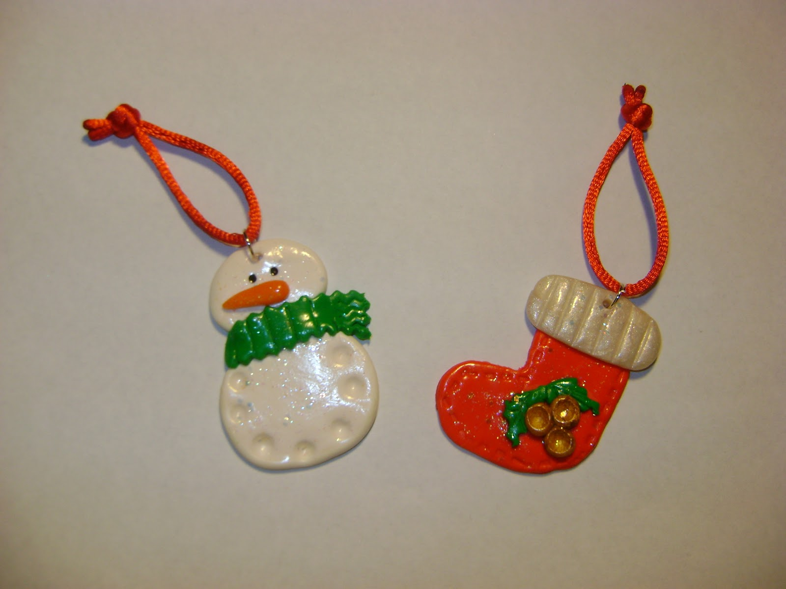 yo os voy dejando ya cositas para preparar la navidad en primer lugar unos adornos para el o lo q kerais