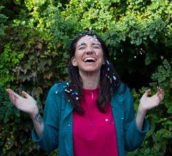 Mecha Gonzalez escribe para Alma Singer