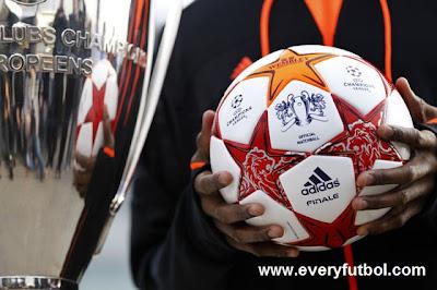 Balon Final De Liga De Campeones 2011