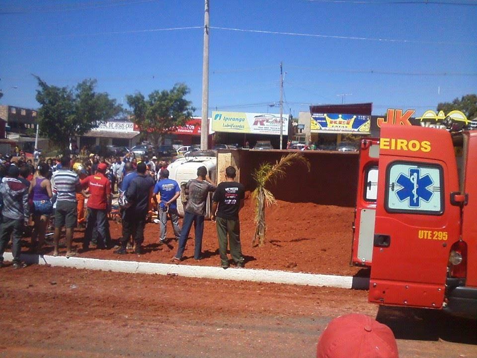 Acidente com caminhão na Avenida São Sebastião se repete.