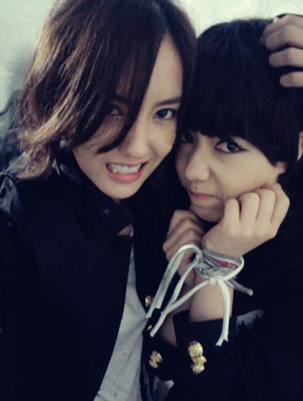 T-ara >> mini-álbum ''John Travolta Wannabe'' - Página 5 T-ara+hyomin+and+hwayoung+%25283%2529
