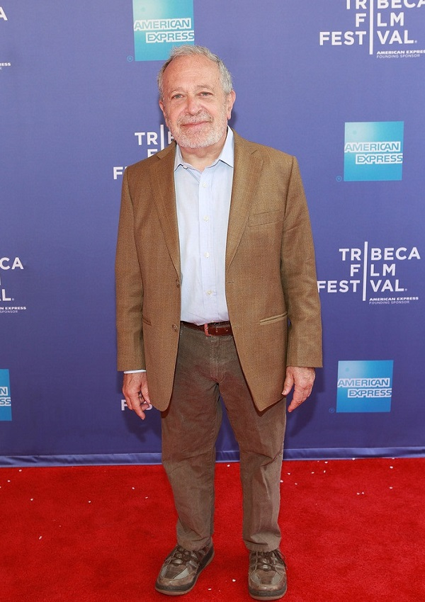 celebrity heights how tall are celebrities heights of celebrities how tall is robert reich. Black Bedroom Furniture Sets. Home Design Ideas