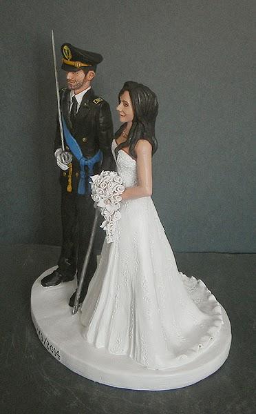 cake topper fatti a mano eleganti artigianali sposi per torta orme magiche