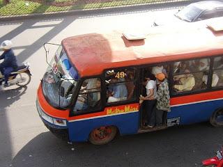 Sayang, di bus itu kamu..