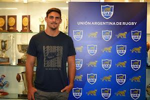 Pablo Matera, continúa la firma de contratos con la UAR
