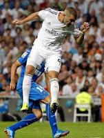 Karim Benzema con el Real Madrid ante el Getafe