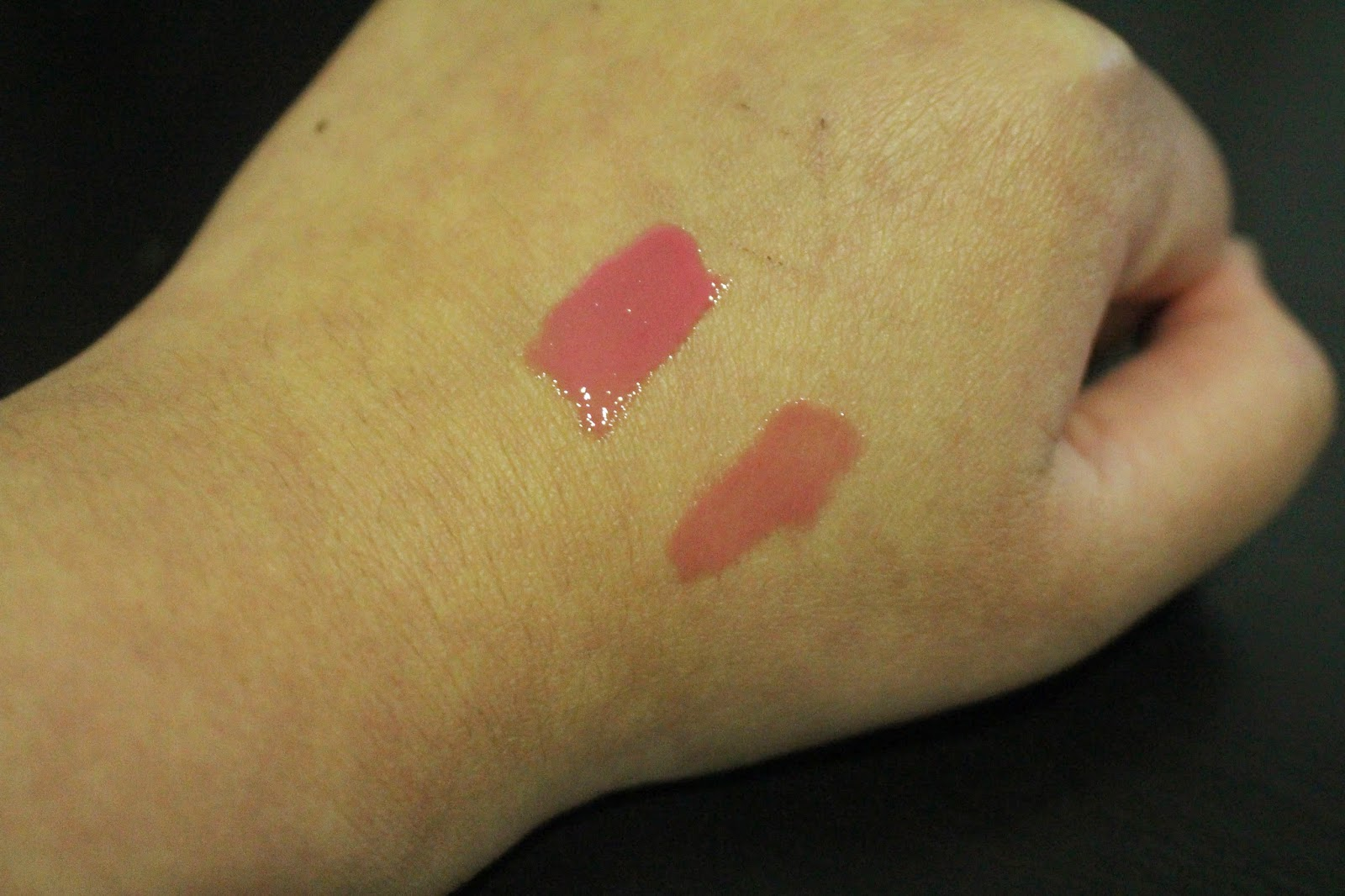NYX Mega Shine Lip Gloss - Tea Rose Swatch