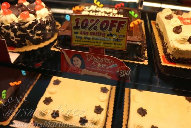 Customized Cake In Red Ribbon : Red Ribbon Dedication Cake Giveaway - xoxo MrsMartinez ...