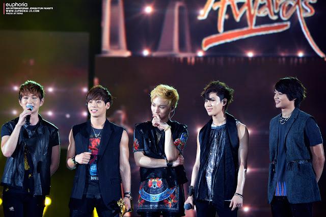 Shinee at the 2013 GDAs