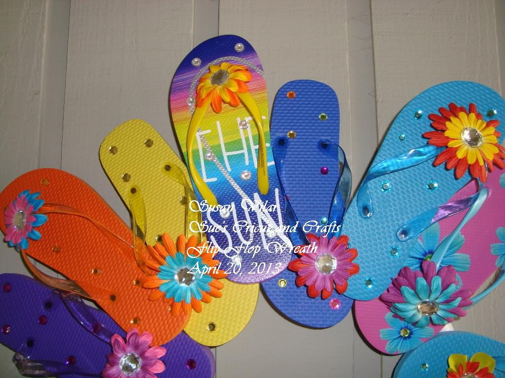Sue 39 s cricut and crafts flip flop wreath for Flip flops for crafts