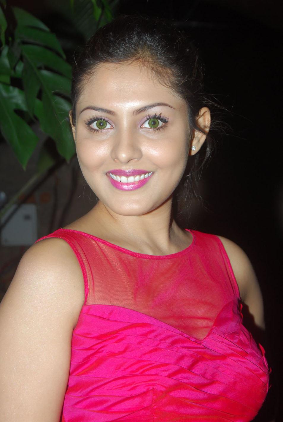Madhu Shalini Hot Sex Great newstillsindia: 06/14/11