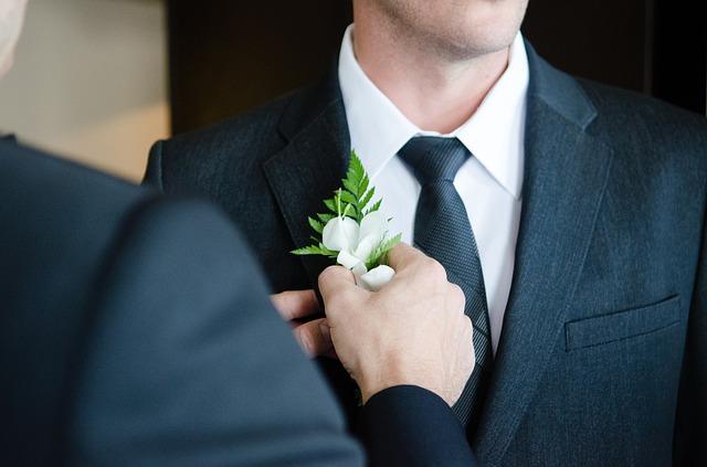 Quanto costa un abito da sposo