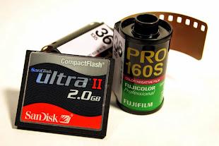 Μετατρέψτε τα παλιά σας φιλμ και βιντεοκασσέτες σε ψηφιακά αρχεία στο κατάστημα μας