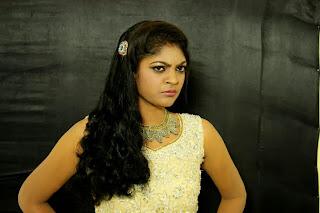 Twinkle Gupta Picture shoot stills(18).jpg