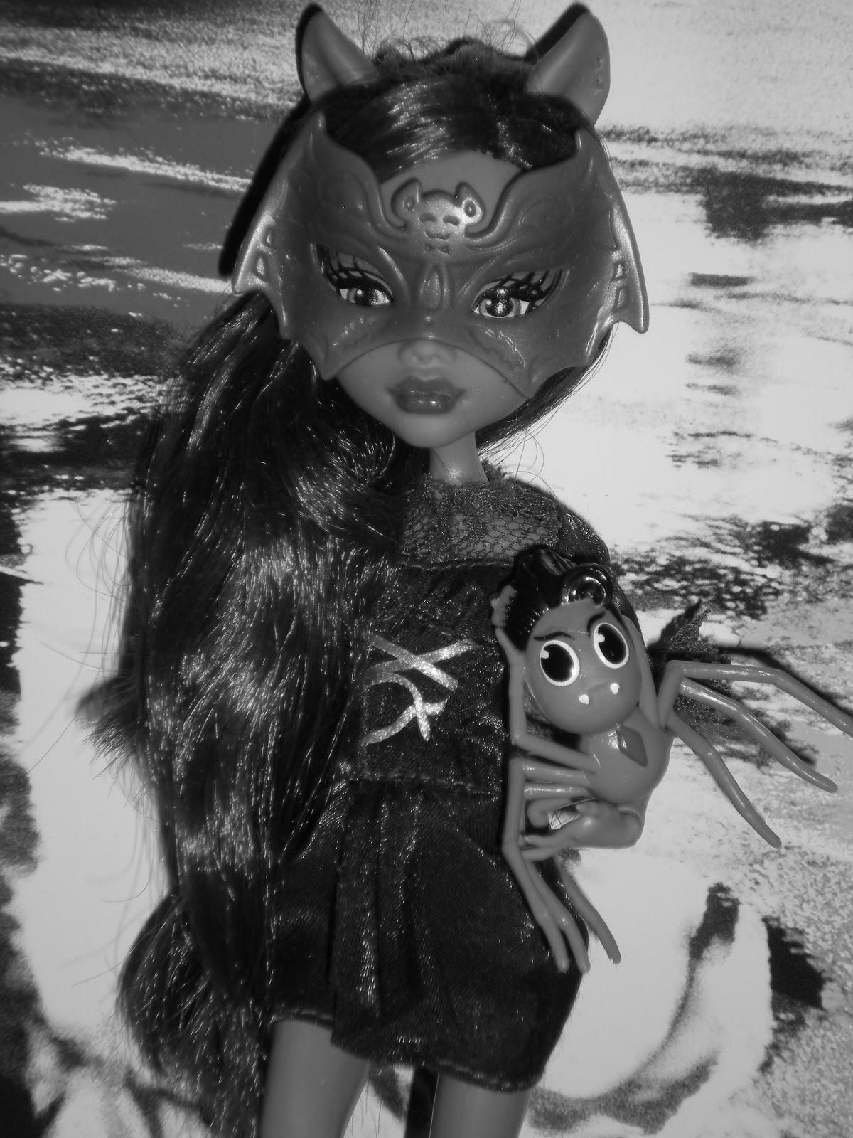 Mattelin Monster High - Sivu 8 DSCN3420
