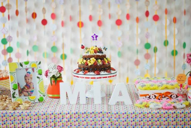 decoracao alternativa para festa infantil : decoracao alternativa para festa infantil: mais de 600 bolinhas!) – bolinhas de papel de scrap e papel cartão