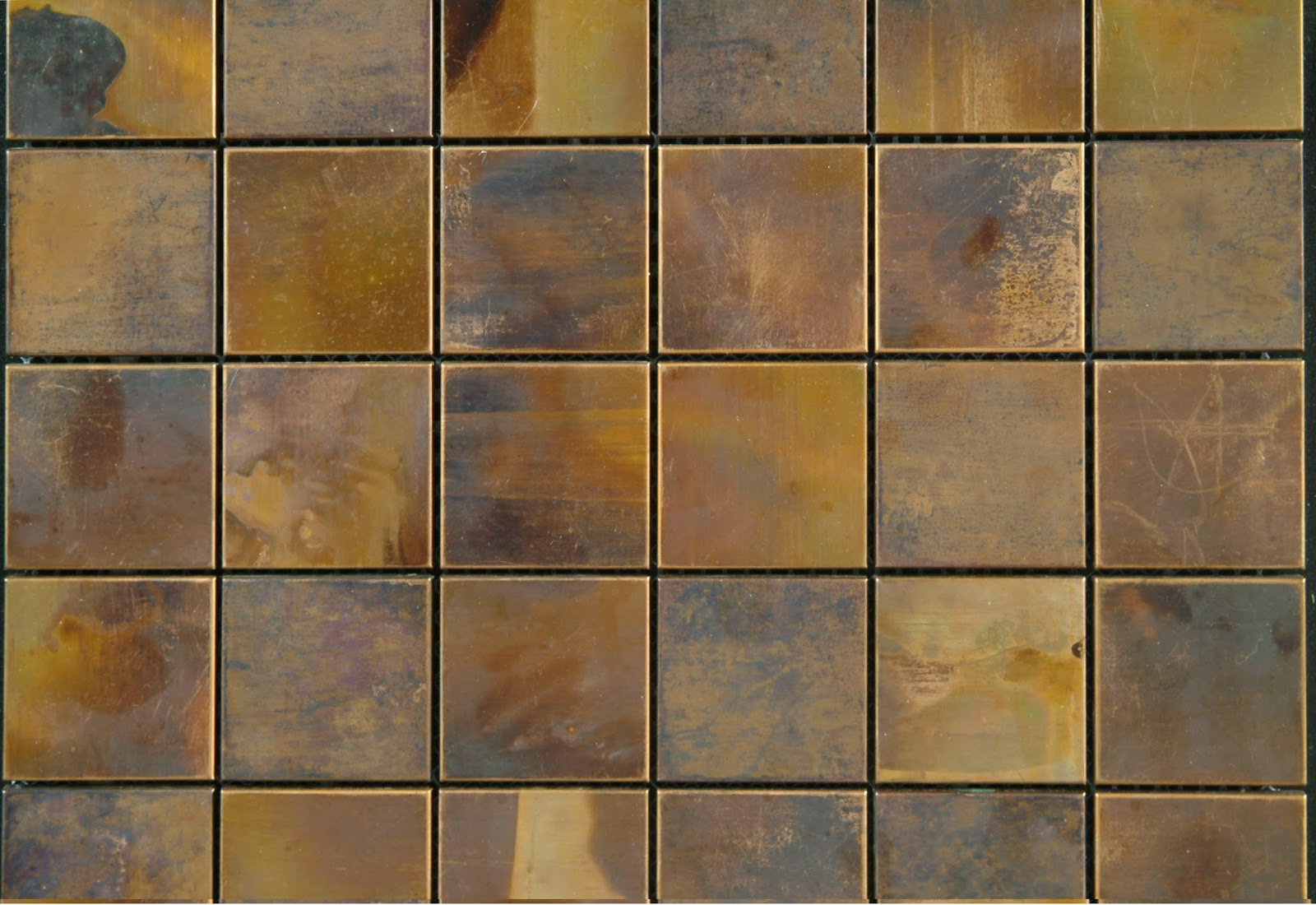 Metallic floor tile