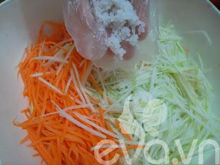 Đơn giản với nộm su hào cà rốt