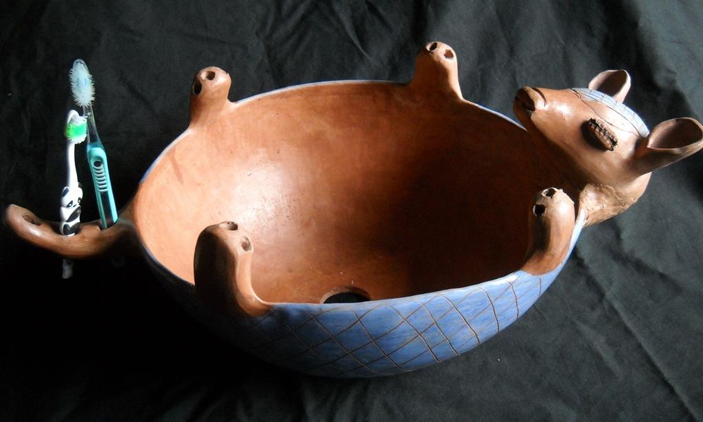 Bachas Para Baño Roja:Natalia Marín – Esculturas Precolombinas Contemporáneas- Arte
