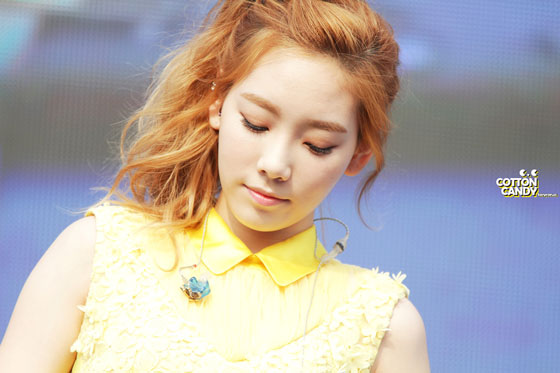 130529 SNSD Taeyeon Kyungbock High School Festival 2013 pictures