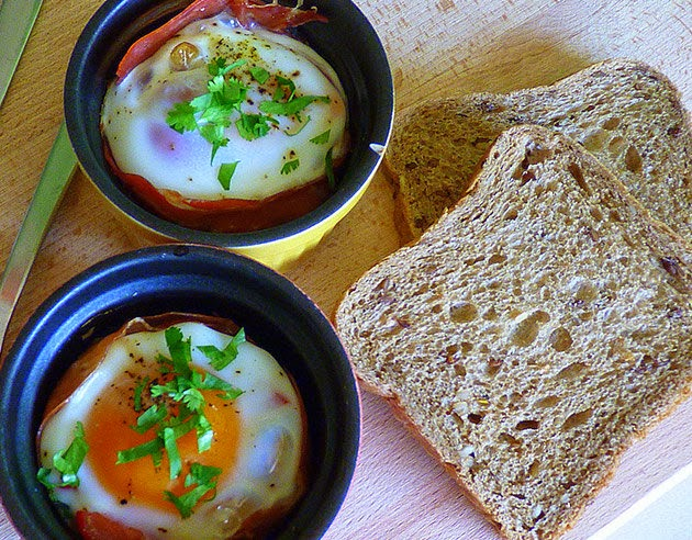 Baked Eggs with Bacon Recipe