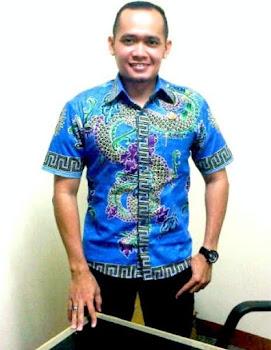batik gendongan naga solo