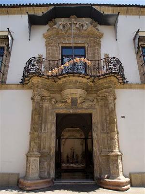 Entrada al Palacio de Bertemati