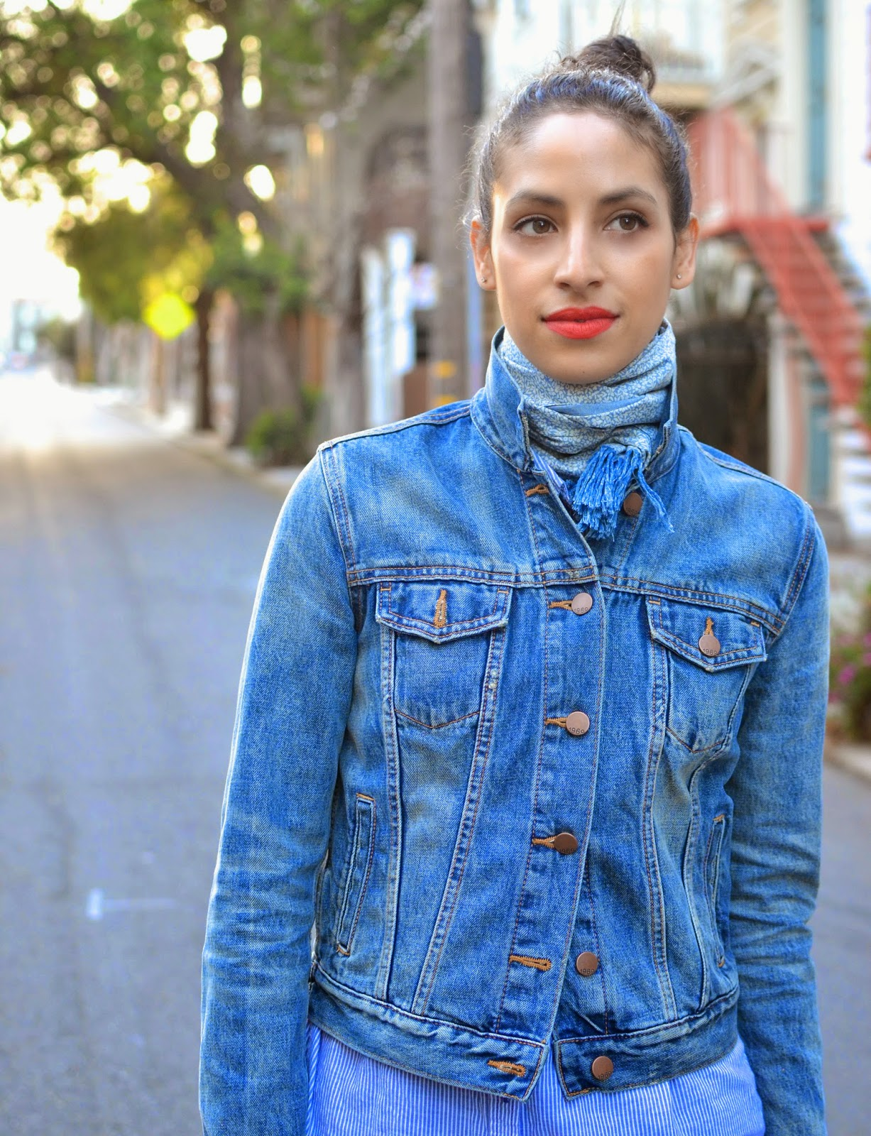 denim on denim, the perfect denim jacket, oxford buttonup, gap, ariat, nyx, red lips, spring booties, j. brand, h&M, SF streetstyle