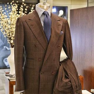 traje-tailorable-marron-style-consultant-forma-ver-cosas