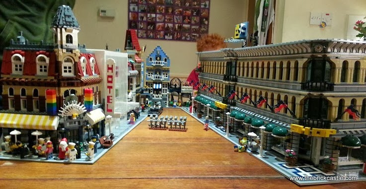 Full street view LEGO street market shop cafe build