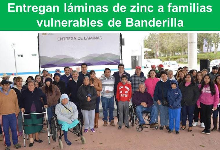 Entregan láminas de zinc a familias vulnerables de Banderilla