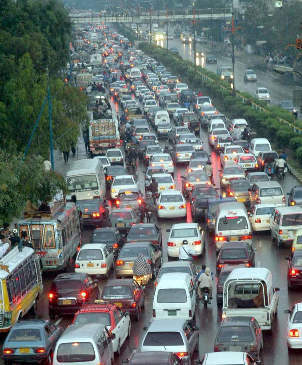 essay on traffic jams in karachi Cause & effect essay: traffic problems of a big city traffic congestion has eased in recent years as a result of growing unemployment and the introduction of more.