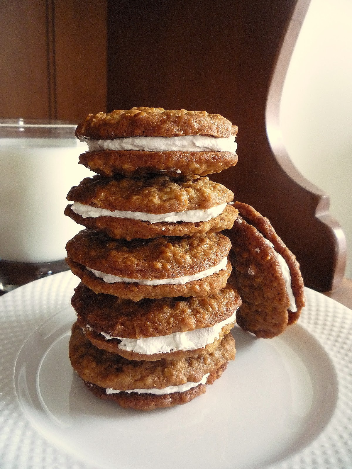 Being A Bear: 12 Days of Cookies: Day the Fifth( Oatmeal Cream Pies)
