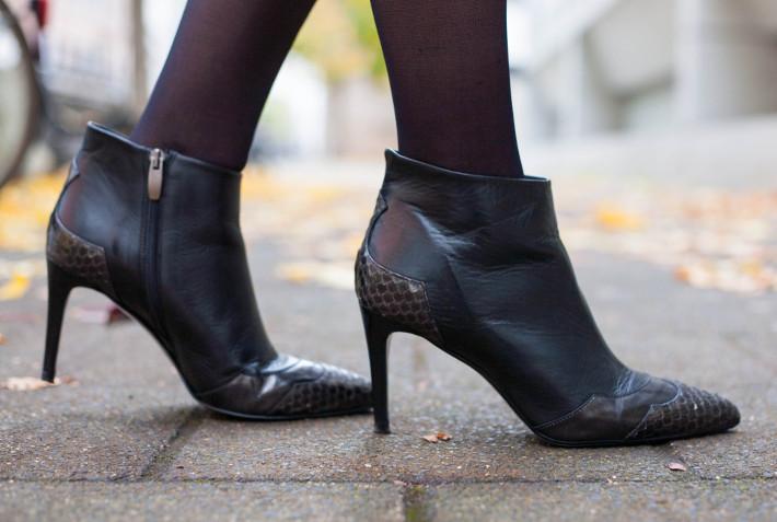 Zinda stiletto boots