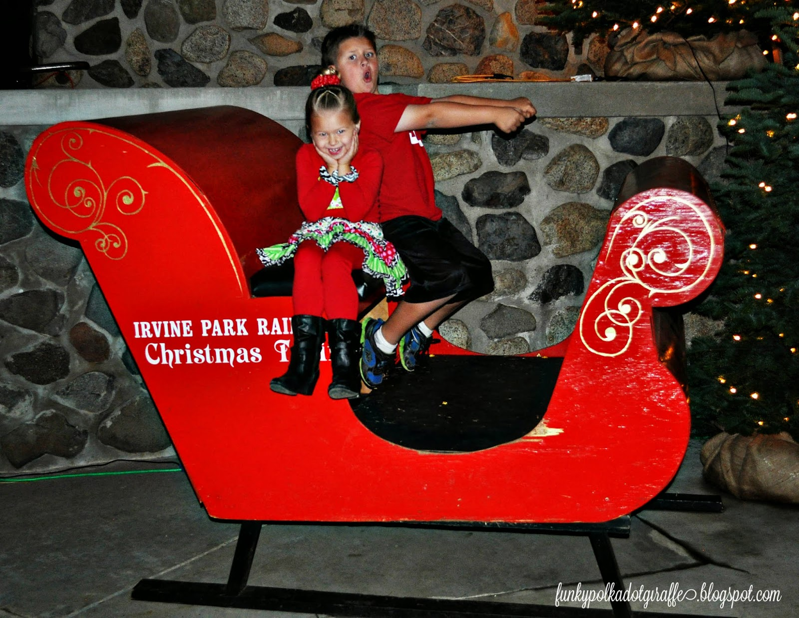Funky Polkadot Giraffe: Irvine Park Railroad {Christmas} Train ...