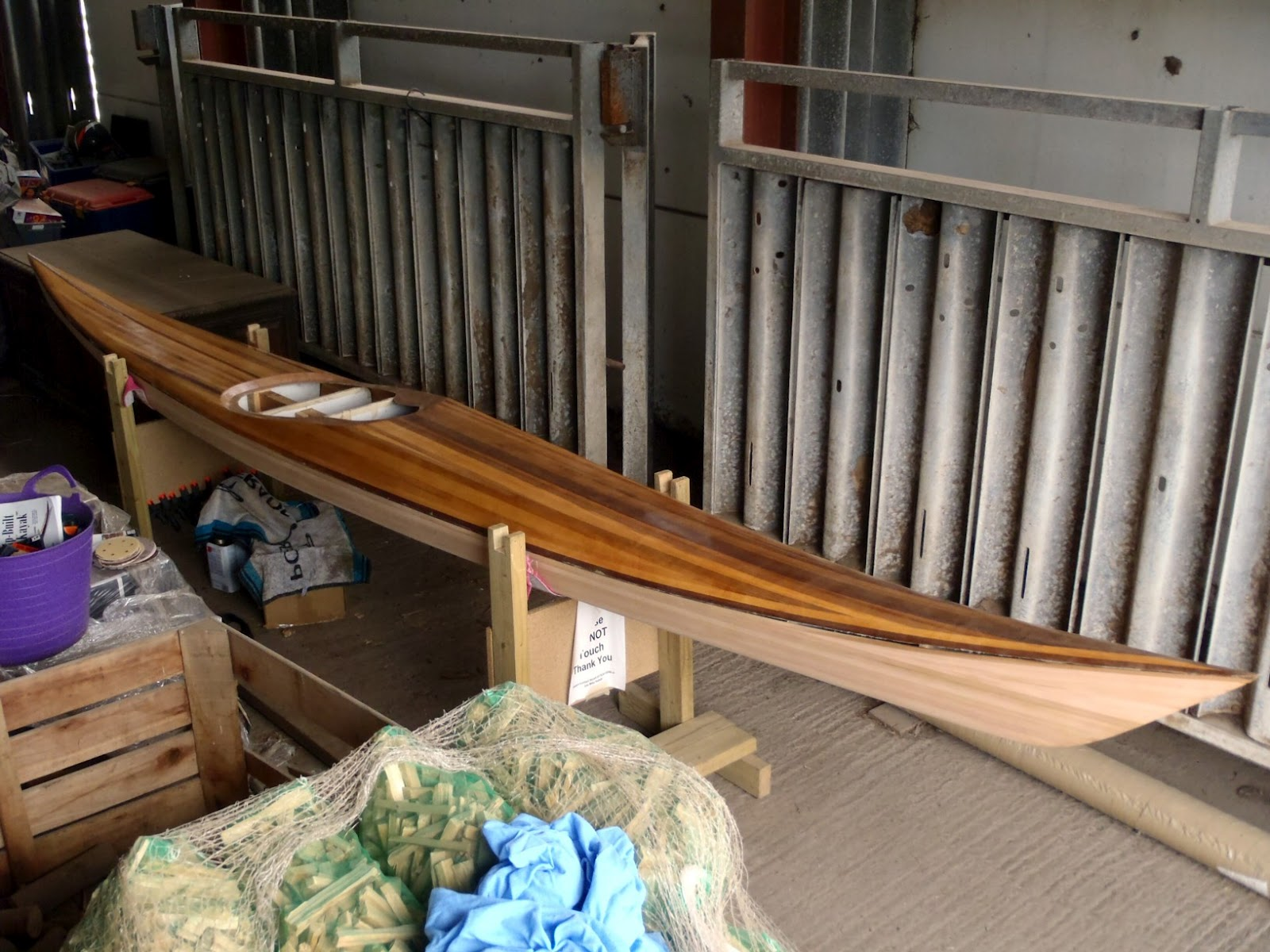 how to build a fibreglass kayak