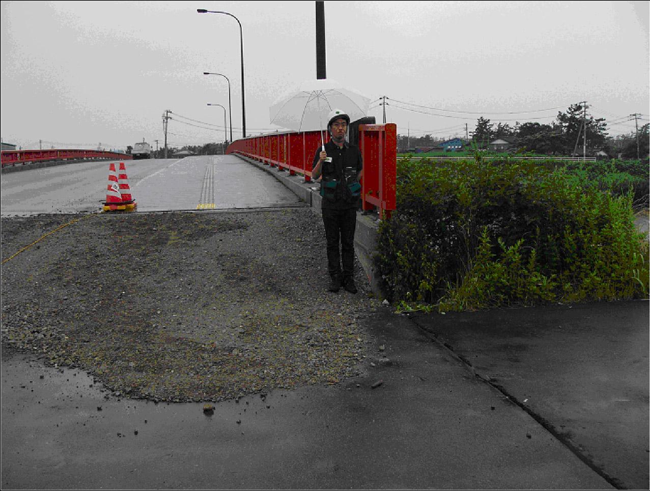 approaching xiandu bridge - photo #16