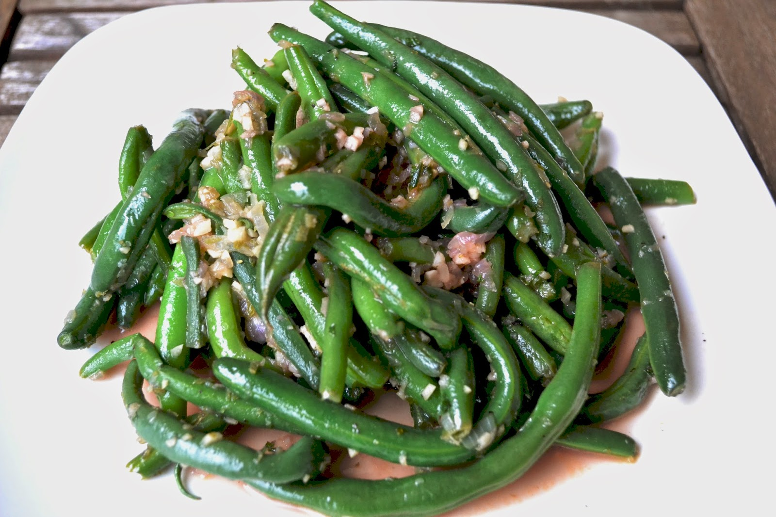garlic lime mint green beans