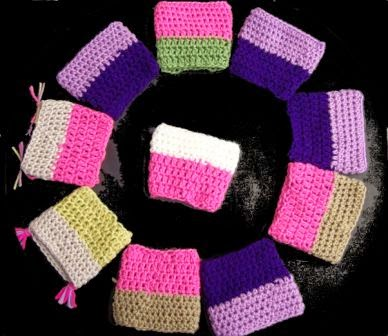 easy crochet coffee cup holder rear view